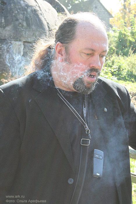 Сергей Суворов (бас-гитара) сентябрь 2007. Фото Ольги Арефьевой