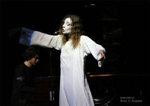 Ольга Арефьева и «Ковчег». Фотографии с акустического концерта в ЦДХ 18 июня 2006. Фото Олеси Егоровой