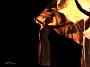 """Ольга Арефьева и «Ковчег». Фотографии с концерта-презентации электрического альбома """"А и Б"""" в ККЗ """"МИР"""" 21 сентября 2006.  Фото психоделии"""