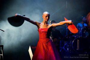 Ольга Арефьева и «Ковчег». Фотографии с электрического концерта в Тамбове 19 сентября 2009. Фото Анастасии Игнаткиной