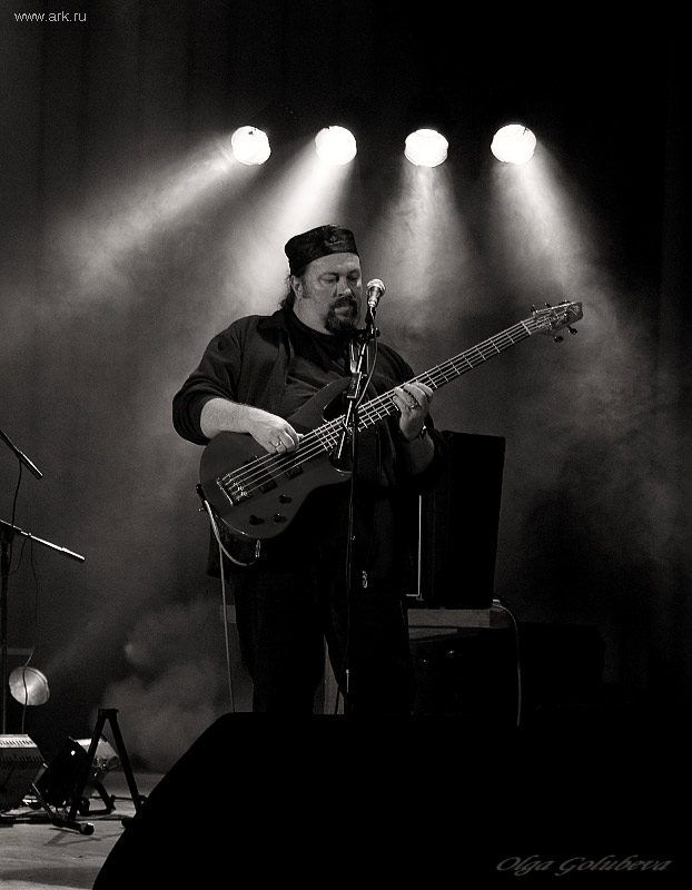 Ольга Арефьева и «Ковчег». Фотографии с электрического концерта в Одессе 23 октября 2009. Фото Ольги Голубевой