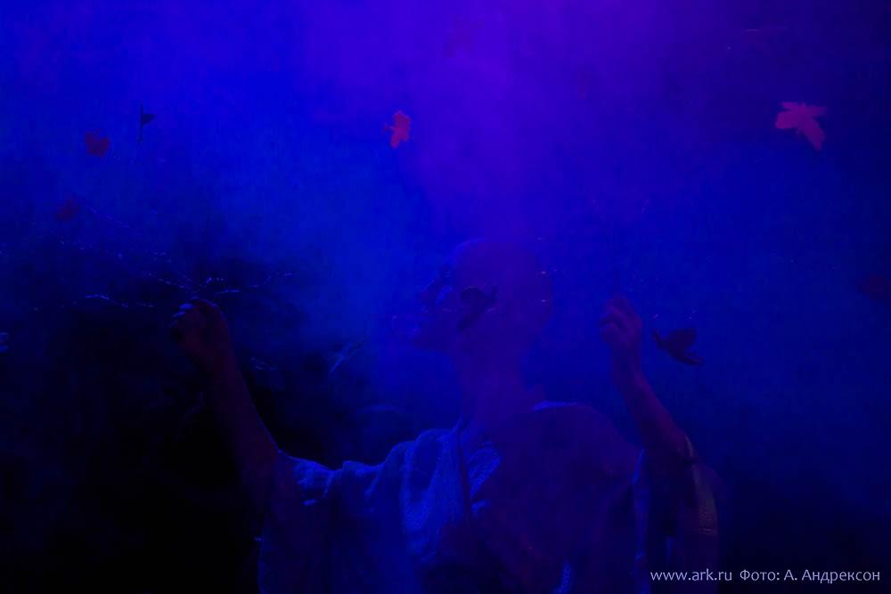 """Ольга Арефьева и """"Ковчег"""". Фотографии с электрического концерта в клубе """"Б2"""" (Москва) 13 ноября 2011. Фото Анастасии Андрексон"""