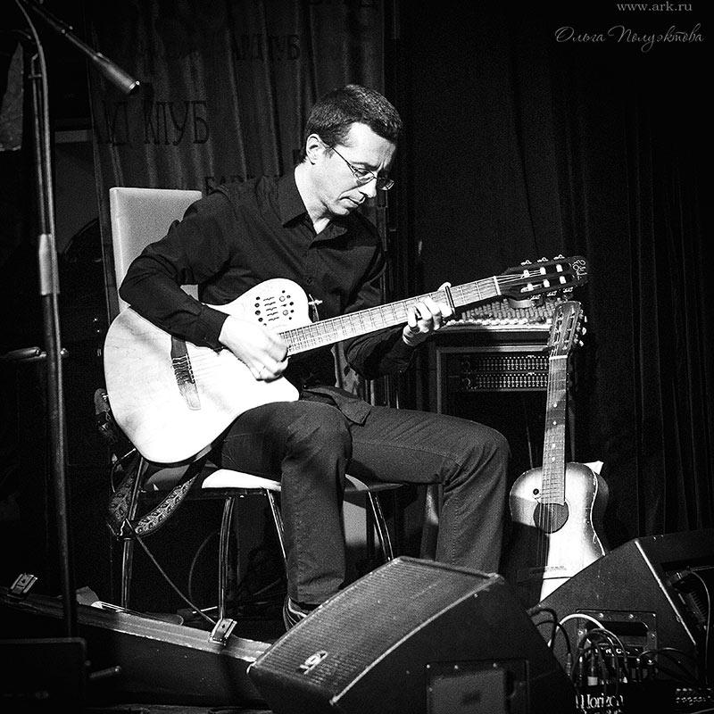 """Фотографии с концерта в клубе """"Альма-матер"""" (Москва) 10 марта 2013. Фото Ольги Полуэктовой для сайта Musecube"""