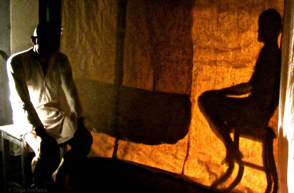 """Фотографии с репетиций и премьеры спектакля """"Приключения в романе"""". Фотографии Ольги Арефьевой."""