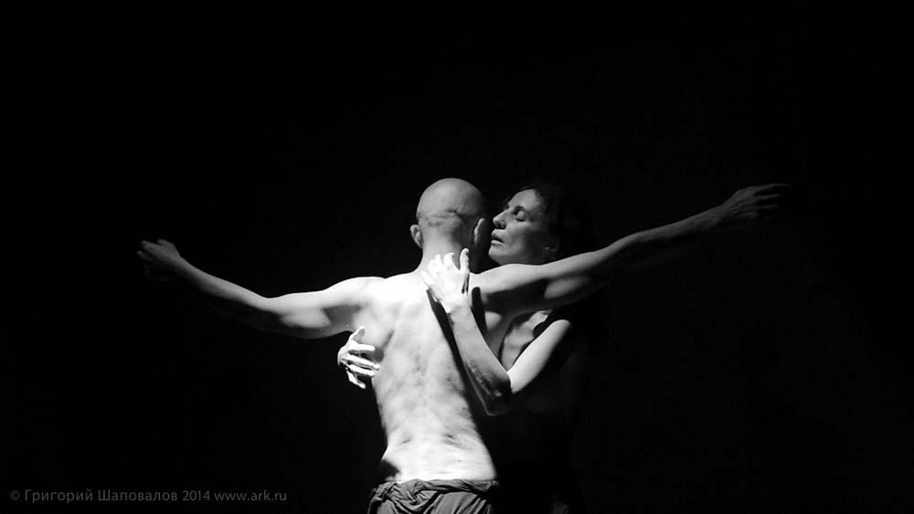 """Фотографии с репетиций и премьеры спектакля """"Приключения в романе"""". Фотографии Григория Шаповалова."""