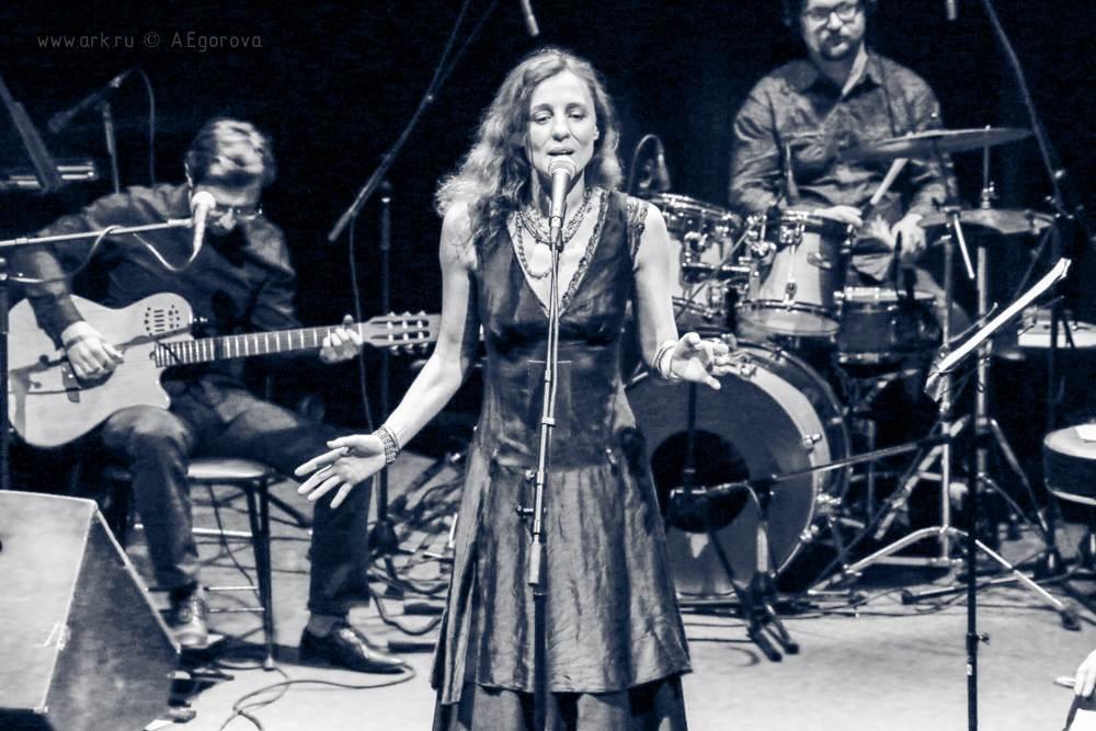 Ольга Арефьева и ''Шансон-Ковчег''. Концерт в ЦДХ 30 ноября 2014. Фото Алисы Егоровой.