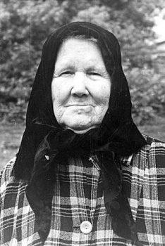 бабушка со стороны матери Федосия Петровна