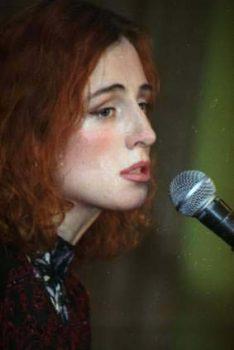 фото О.Урванцевой (Питер, 2000)