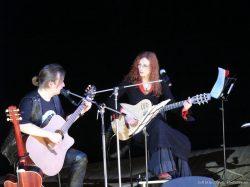 Ольга Арефьева и Ковчег. Фото _xell_ с концерта с Сергеем Калугиным в Политехническом музее 12 марта 2005.