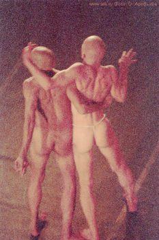 """Фото Ольги Арефьевой. Спектакль театра DEREVO """"Кецаль"""", 25-30 сентября 2005"""