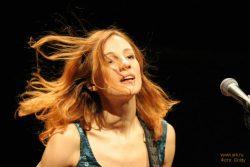 Ольга Арефьева и «Ковчег». Фотографии с акустического концерта в ЦДХ 28 января 2006. Фото Goldy