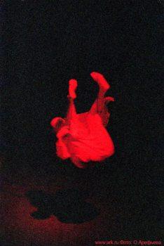 """Фото Ольги Арефьевой. Импровизации в рамках фестиваля """"Вертикаль"""" в Петербурге в сентябре 2006"""