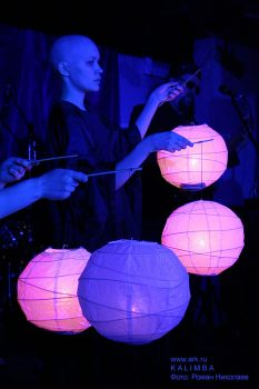 KALIMBA на мастер-классах фестиваля VERTICAL_2007: БУТО relations (Питер, 23-25 марта 2007). Фото: Роман Николаев