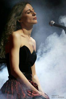 Ольга Арефьева и «Ковчег». Фотографии с акустического концерта в ЦДХ (Москва) 6 апреля 2008. Фото Екатерины Беляковой