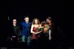 Ольга Арефьева и «Ковчег». Фотографии с электрического концерта в Екатеринбурге 19 ноября 2010. Фото Евгении Жулановой.