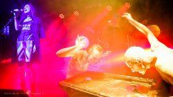 """Ольга Арефьева и """"Ковчег"""". Концерт в Нижнем Новгороде в клубе """"Premio"""" 30 октября 2015. Павел Алёхин и Полина Зырянова. Скриншот с видео. Оператор Андрей С."""
